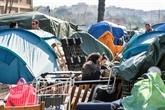 Évacuation d'un campement de migrants emblématique à Rome