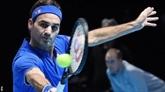 Tennis: dos au mur, Federer se relance au Masters de Londres