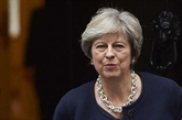 Brexit: Theresa May tente de vendre à son cabinet un projet d'accord