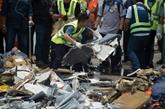 Accident d'avion en Indonésie: les plongeurs continuent de repêcher des débris