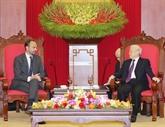 Nguyên Phu Trong reçoit le Premier ministre français
