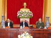 Nguyên Phu Trong souligne le rôle important des forces de police populaire