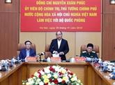 Le PM Nguyên Xuân Phuc travaille avec les dirigeants du ministère de la Défense