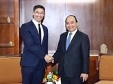 Le Premier ministre Nguyên Xuân Phuc reçoit un ancien vice-chancelier allemand