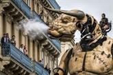 Émotion dans les rues de Toulouse pour les déambulations du Minotaure