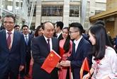 Le PM à la 1re Foire internationale des importations de Chine