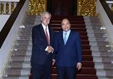 Le Premier ministre Nguyên Xuân Phuc rencontre le chef du groupe Formula One