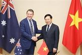 Le ministre en chef du Territoire du Nord d'Australie reçu à Hanoï