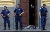 Brésil: un homme tue quatre personnes dans une cathédrale avant de se suicider