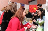 Le Vietnam participe à un bazar de charité en Ukraine