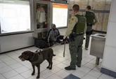 Plusieurs lieux aux États-Unis ont reçu par courriel et appels téléphoniques des menaces d'attentat à la bombe