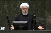 Iran: Rohani présente un budget adapté aux