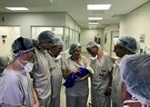 Première mondiale: un bébé néaprès une greffe d'utérus post-mortem au Brésil