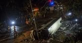 Un bus se renverse à Hong Kong (Chine) : 19 morts, 60 blessés, le chauffeur arrêté