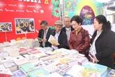 Ouverture d'une rue des livres du Têt du Chien à Hanoï