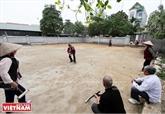 Au club de croquet du village de Xuân Bach