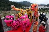Début de la fête printanière de Yên Tu