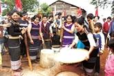 La fête du ''nouveau riz'' des Xê Dang