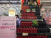 Le groupe Central Vietnam inaugure la boutique Hello Beauty àHanoï