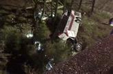 Un accident dautobus décoliers en Alabama fait un mort et  plusieurs blessés