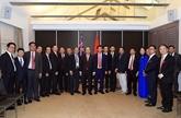 Le PM rencontre des entrepreneurs et intellectuels vietnamiens en Australie