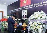 Hommage à lancien Premier ministre Phan Van Khai à létranger