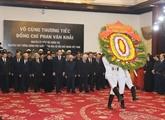Visites de condoléances à l'ex-PM Phan Van Khai à Hanoï et HCM-Ville