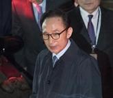 Un mandat d'arrêt contre l'ancien président sud-coréen Lee Myung-bak