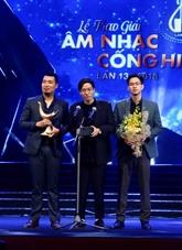 13e prix Công hiên : double consécration pour My Tâm, Duong Câm et le groupe Ngot