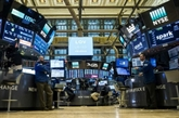 Wall Street, à nouveau très fébrile, chute à la clôture