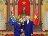 Le président Trân Dai Quang reçoit les ambassadeurs sud-africain et égyptien
