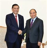 Nguyên Xuân Phuc reçoit le ministre coordinateur des Affaires maritimes de l'Indonésie