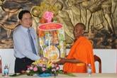 Chôl Chnam Thmây: le président du Front de la Patrie se rend à Trà Vinh