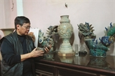 Vu Tân, collectionneur d'antiquités de renom