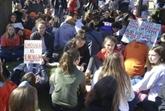 Fusillades: nouvelle mobilisation lycéenne au 19e anniversaire du massacre de Columbine