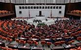 Le parlement turc approuve le projet de loi sur les élections anticipées