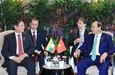 Le PM vietnamien rencontre les présidents indonésien et birman à Singapour