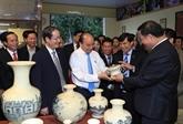 Valoriser le talent des artisans du village de céramique de Chu Dâu