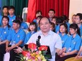 Le PM dialogue avec un millier d'ouvriers à Hà Nam