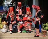 Marché d'échanges amoureux de Dông Van