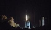 La Chine lance un satellite relais pour explorer la face cachée de la Lune