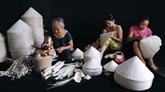 Un don britannique marquant pour les métiers traditionnels de Huê