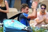 Roland-Garros: Wawrinka à genoux, Djokovic assure l'essentiel