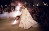 Spectaculaire défilé Gucci dans la nécropole romaine des Alyscamps à Arles