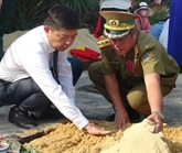 Quang Binh: Inhumation des restes de 18 volontaires tombés au Laos