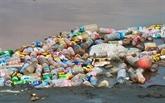 Un projet financé par l'USAID aide à réduire les déchets plastiques à Thua Thiên-Huê
