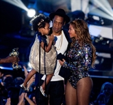 Lalbum commun de Jay-Z et Beyoncé sort sur toutes les plateformes