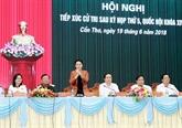 La présidente de l'AN à l'écoute des électeurs de Cân Tho