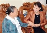 La présidente de lAN se rend dans la province de Bac Liêu