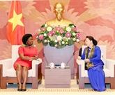 La présidente de l'AN reçoit le vice-président de la BM pour l'Asie de l'Est et le Pacifique